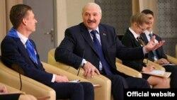 Аляксандар Лукашэнка падчас сустрэчы з навучэнцамі менскіх школ, 26 траўня 2017
