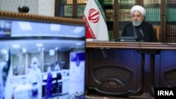 Iranski predsjednik Hasan Rohani u svom kabinetu, 7 april 2020.