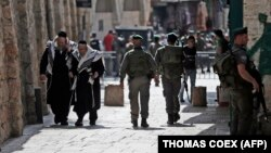 نیروهای امنیتی اسرائیل در محلههای مسلماننشین بیتالمقدس گشت میزنند