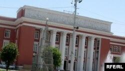 Tajikistan – View of the Tajik parliament building, Dushanbe, 2009
