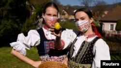 Словаците си останаха вкъщи по Великден, след като властите забраниха движението между населените места за три дни