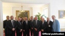 Լեռնային Ղարաբաղի նախագահ Բակո Սահակյանը Ֆրանսիայի Ազգային ժողովում, 19-ը մայիսի, 2015թ․