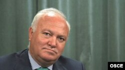 Spanish Foreign Minister Miguel Angel Moratinos