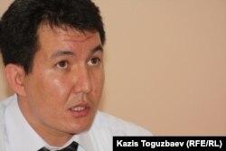 Полковник юстиции Дастан Секенов, военный прокурор Талдыкорганского гарнизона. Ушарал, 9 июня 2012 года.