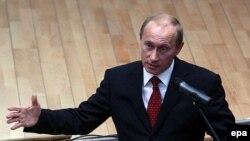 Активное личное участие Владимира Путина в олимпийских сочинских делах вынудило потенциальных инвесторов форсировать свой интерес к Играм