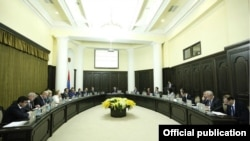 Armenia - The government approves its new program, Yerevan,19 May 2014