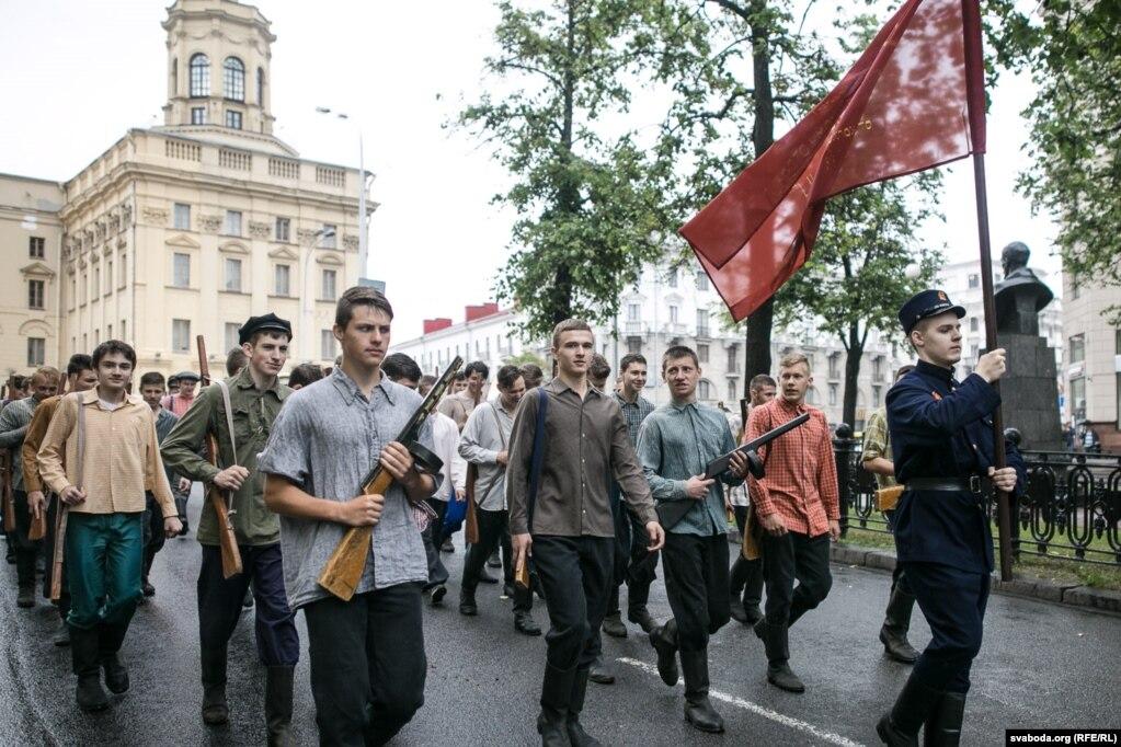 По улицам Минска прошлись «партизаны»