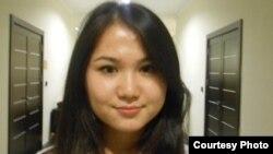 Дана Тіллабай, Назарбаев университетіндегі гуманитарлық және әлеуметтік ғылымдар факультетінің 1-курс студенті. Астана, 29 қазан 2012 жыл
