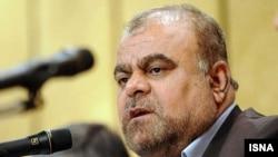رستم قاسمی، وزیر نفت ایران، میگوید توقف هدفمندی یارانهها بر قاچاق گازوئیل تأثیر گذاشته است.