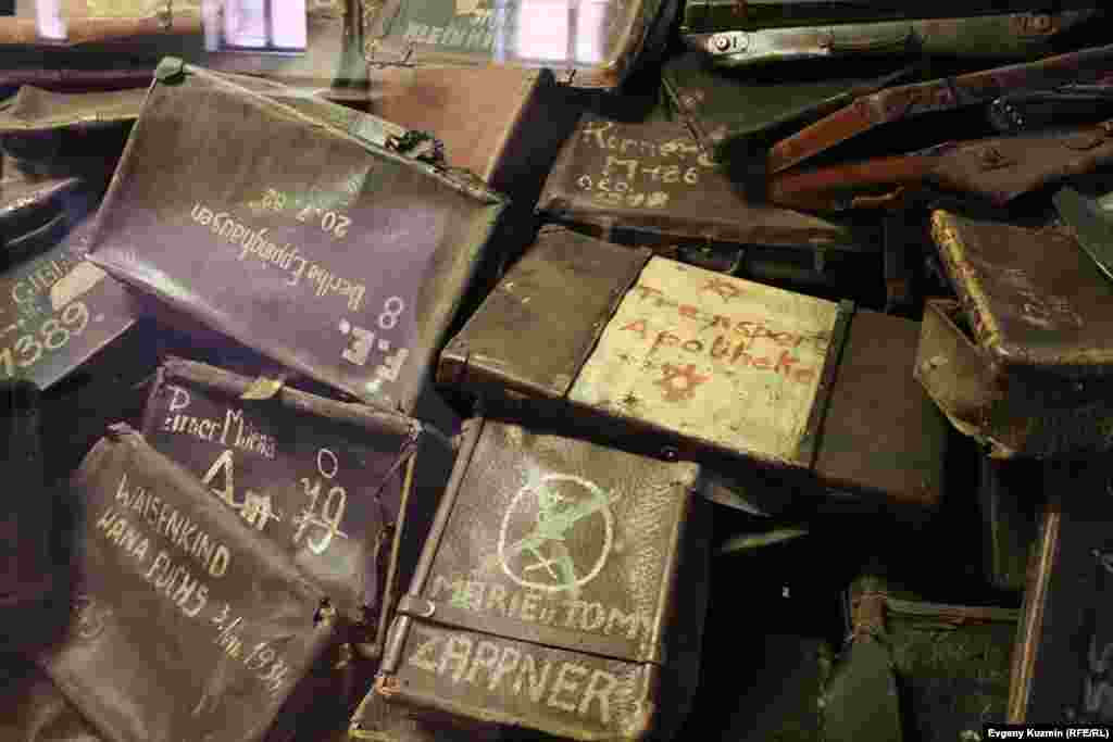 آنچه از اردوگاه آشوویتز و قربانیانش باقی ماند