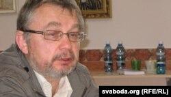Генадзь Лаўрэцкі