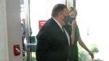 مایک پومپئو وزیر خارجه آمریکا در زمان حضور در مقر سازمان ملل برای ارائه شکایت آمریکا از نقض برجام توسط ایران