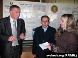 Памочнік міністра Віктар Даранкевіч прыняў зварот