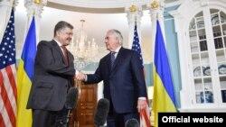 Petro Poroșenko și Rex Tillerson la Washington, 20 iunie 2017