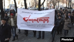 "Armenia - Journalists and activists demonstrate in Yerevan to condemn a libel suit filed against the ""Zhoghovurd"" daily, 30Jan2013."