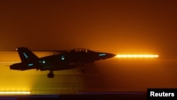 طائرة أميركية من طراز F18