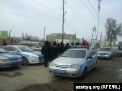 В центре села Бурыл Жамбылской области 17 февраля 2016 года.