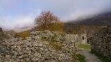 У подножия Демерджи: прогулка по средневековой крепости (видео)