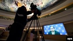 Зейд Раад аль-Хусейн відеозв'язком звертається до Ради ООН із прав людини про злочини в Алеппо, 21 жовтня 2016 року