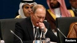 Ресей президенті Владимир Путин G20 саммитінде отыр. Брисбен, Австралия, 15 қараша 2014 жыл.