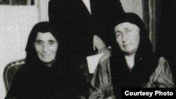 Чермоева Эпси, Чермоев Абдул-Муслиман зуда. Париж. 1922 шо