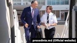 Игорь Додон перед отлетом в Азербайджан