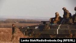 Блокпост українських військових поблизу Кримського (архівне фото, осінь 2014 року)