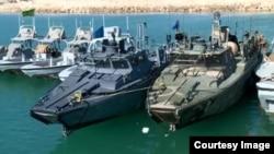 تصاویر منتشرشده از سوی ایران، دو قایق آمریکایی را نشان میدهد
