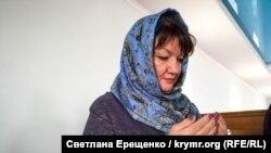 Gülnara Bekirova Edem Bekirovnıñ azat etilmesi için yapılan duada