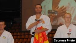 Дејан Недев на ЕП во карате во Израел.