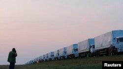 Автоколонна с гуманитарной помощью из России для востока Украины