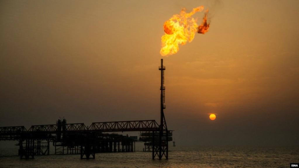 شماری از پالایشگاههای آسیایی «سفارش خرید نفت از ایران را متوقف کردند»
