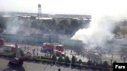 Pamje pas përplasjes së aeroplanit të udhëtarëve në Iran