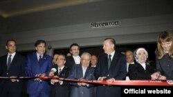"""საქართველოს პრეზიდენტმა მიხეილ სააკაშვილმა და თურქეთის პრემიერ-მინისტრმა რეჯეფ ტაიპ ერდოანმა ბათუმში სასტუმრო """"შერატონი"""" გახსნეს"""
