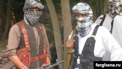 Өзбекстан ислам қозғалысының жауынгерлері. Аунғастан, Құндыз уәлаяты. Көрнекі сурет.