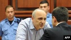 Журналисты гадают, какие еще дела, кроме официально предъявленных, припомнят экс-министру МВД