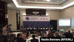 Imagine de la lucrările Forumului deschis la Chișinău