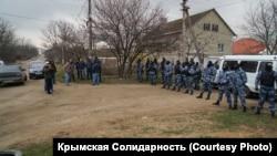 Обыски в домах крымских татар в аннексированном Крыму. 27 марта 2019 года
