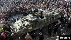 Vehicol armat din al 2-lea regiment de cavalerie al armatei americane, Bialistok, Poloniam 24 martie 2015.