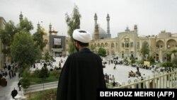 پیشنهاد تبدیل قم به واتیکان اسلامی؛ دیدگاه مرتضی کاظمیان و مهدی مهدوی آزاد
