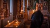Богослужение в Кафедральном соборе святых равноапостольных князя Владимира и Ольги УПЦ КП, Симферополь