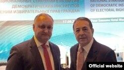Президент Молдовы Игорь Додон и генсек Социнтерна Луис Айала на встрече в Москве