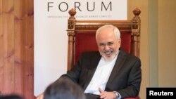 Иранскиот министер за надворешни работи Мохамед Џавад Зариф во Осло.