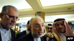Ислам конференциясы ұйымының саммитіне қатысушы елдердің өкілдері. Мекке, 15 тамыз 2012 жыл.