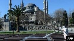 Дэзынфэкцыя ў Стамбуле