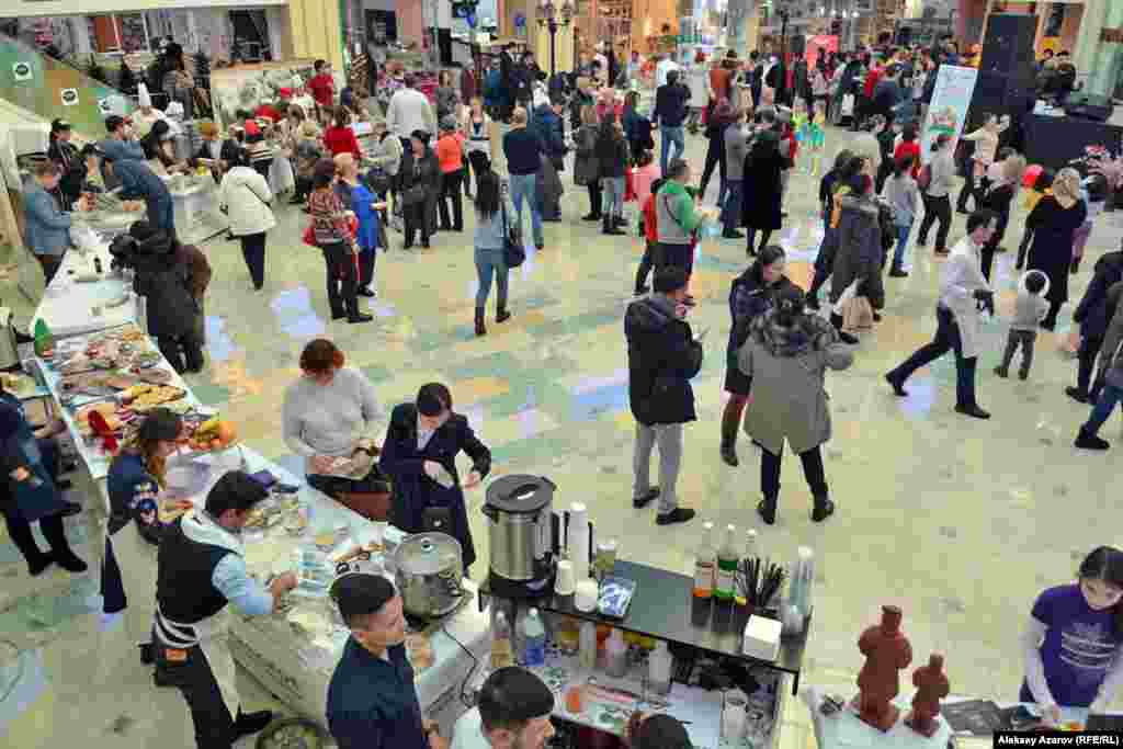 Несмотря на то что Международный день мант был организован в краткие сроки и не имел длительной по времени рекламы, он привлек массу посетителей.