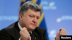 Petro Poroshenko gjatë konferencës së sotme për gazetarë në Kiev