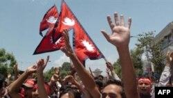 جشن مردم نپال در روز پنج شنبه - عکس از AFP