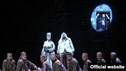 """""""UbuZdup!"""", adaptare de Gábor Tompa după """"Ubu înlănţuit"""" şi alte texte de Alfred Jarry (foto: Maria Ștefănescu)"""