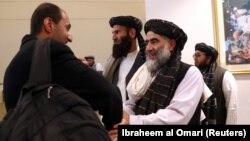 Члени угруповання «Талібан» перед підписанням мирної угоди в Катарі, лютий 2020 року